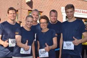 Das CDU-Qui(c)k-Team beim Hamminkelner City-Lauf am Start.